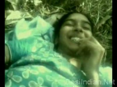 desi Desi Virgin Girlfriend Showing Tits