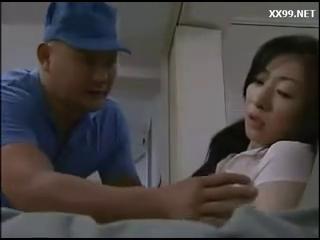 Download vidio bokep Istri cantik selingkuh dengan kurir pengantar paket makanan mp4 3gp gratis gak ribet