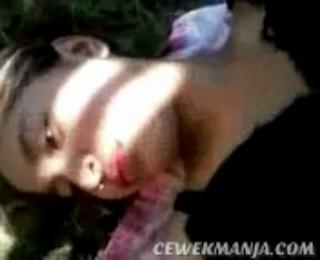 Download vidio bokep Entot abg montok di hutan memek mulus masih rapet mp4 3gp gratis gak ribet