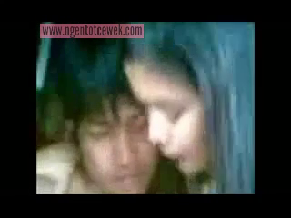 Download vidio bokep Cewek ABG cantik Kalsel ngentot di gubuk mp4 3gp gratis gak ribet