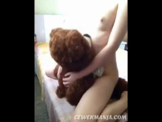 Download vidio bokep ABG horny onani gesek memek pakek boneka mp4 3gp gratis gak ribet