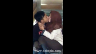 Download vidio bf Cewek pramuka berhijab cipokan sama pacar